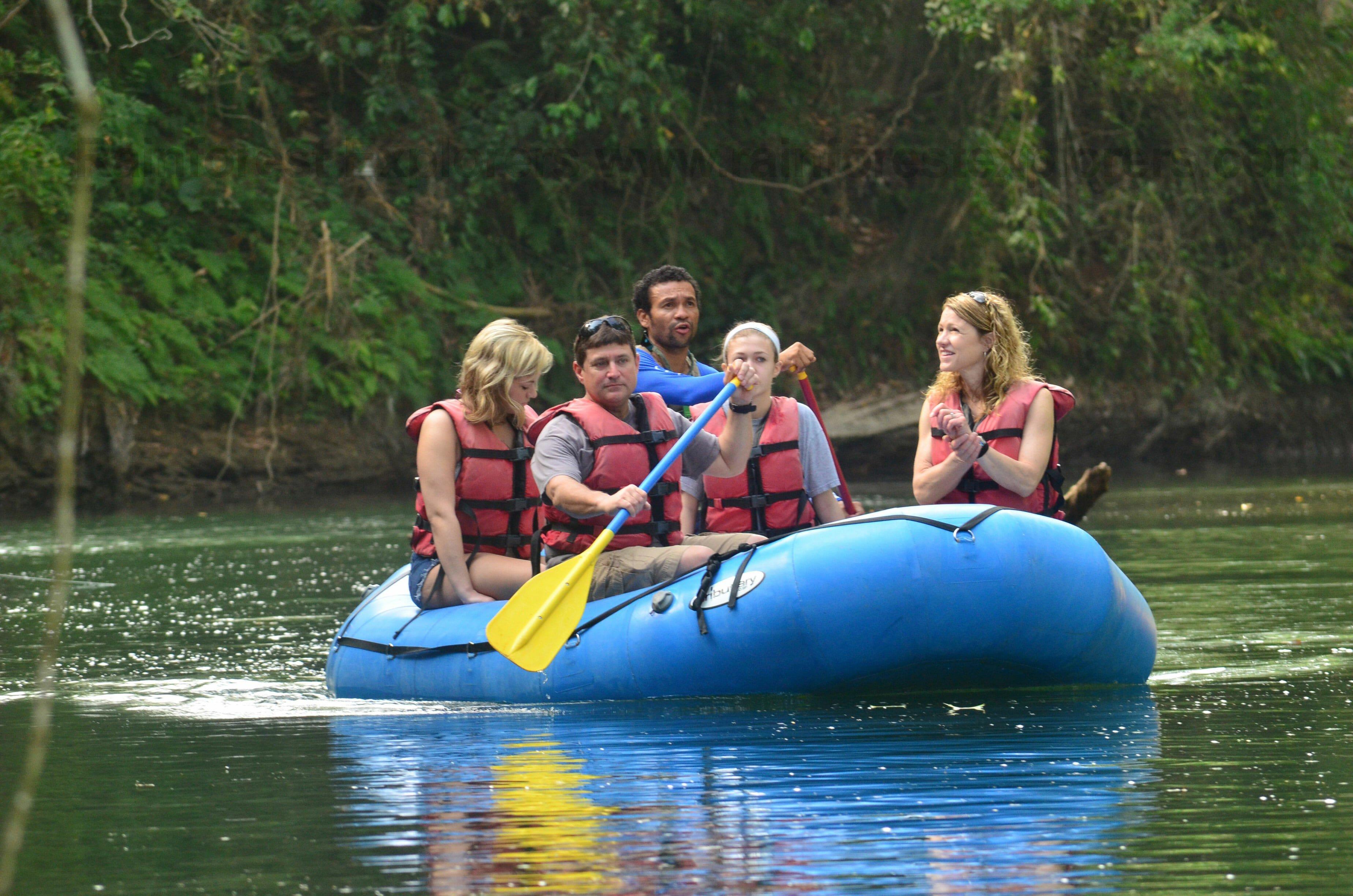 3 in 1 – Safari float+ La Fortuna Waterfall + Chocolate Tour