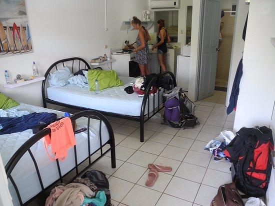 Blue Trailz Hostel & Surf Camp